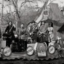AlbumArt-The Raconteurs-Consolers of the Lonely (2008).jpg